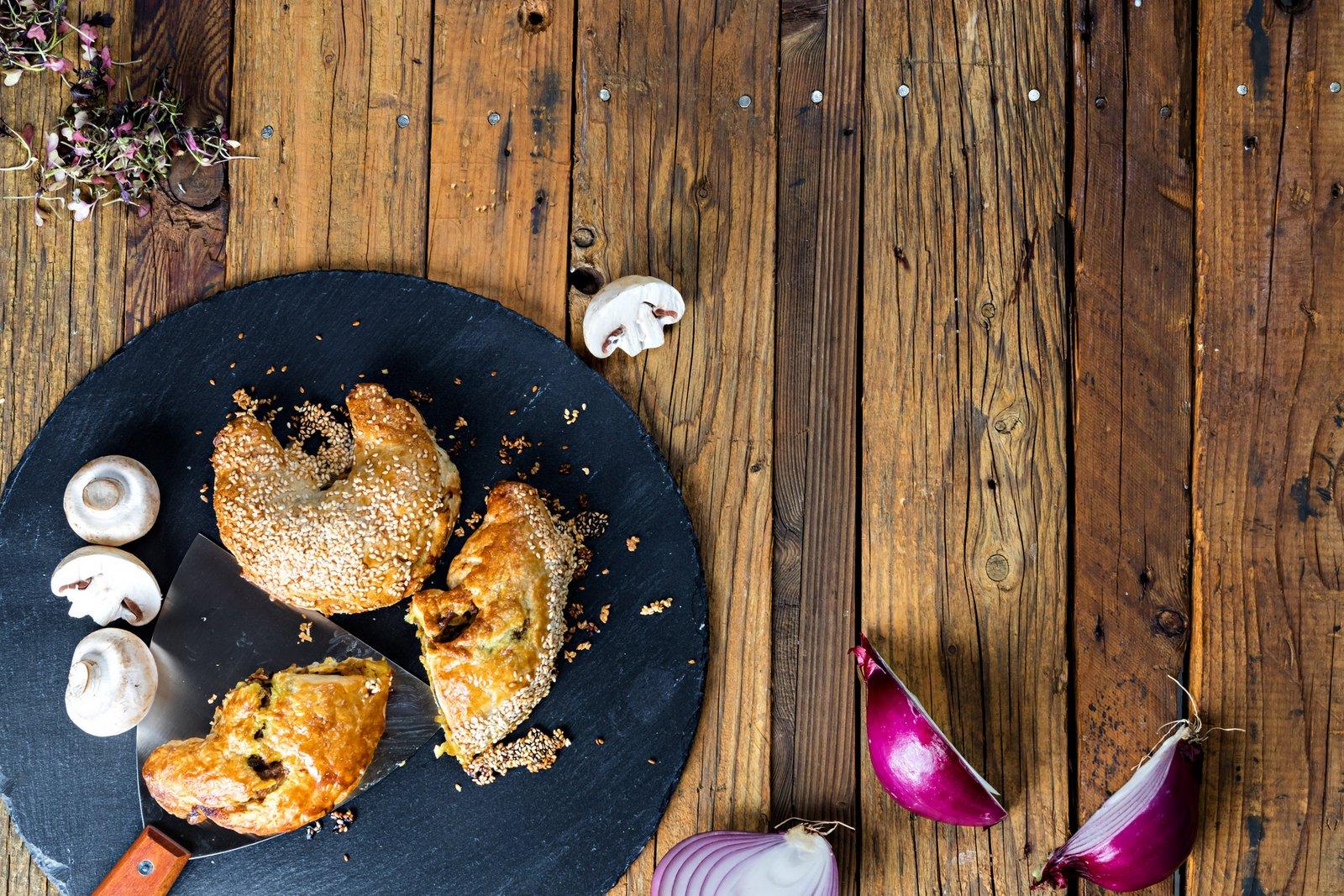 קייטרינג בשרי בירושלים   מאפה עוף   חנות לאוכל מוכן   האחוזה קייטרינג