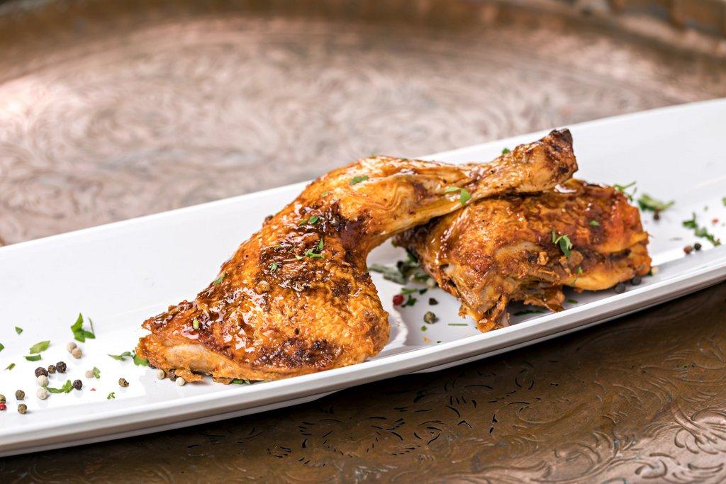 קייטרינג בשרי בירושלים | כרעיים עוף בעשבי תיבול | חנות לאוכל מוכן | האחוזה קייטרינג