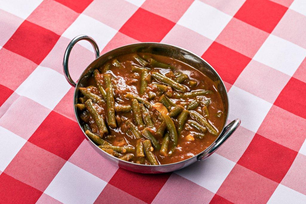 קייטרינג בשרי בירושלים | שעועית ירוקה ברוטב עגבניות | חנות לאוכל מוכן | האחוזה קייטרינג