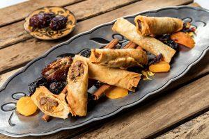 קייטרינג בשרי בירושלים | סיגר במילוי בשר ושזיפים | חנות לאוכל מוכן | האחוזה קייטרינג